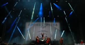 Apocalyptica ja uusi artisti Franky Perez.