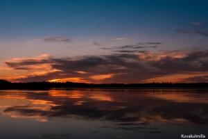 Auringonlasku Kyrkösjärvellä Tero Hintsa