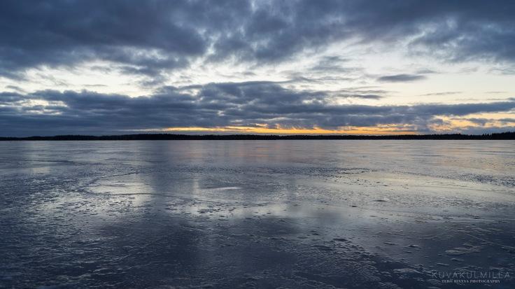 Auringonlasku Seinäjoki Kyrkösjärvi Tero Hintsa